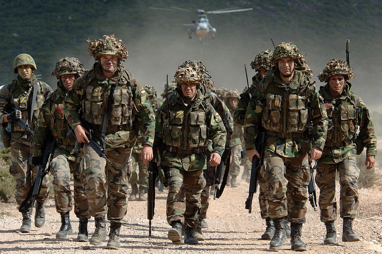 Милош Земан: я бы предложил ввести в Украину войска НАТО, если Россия вторгнется на ее восток