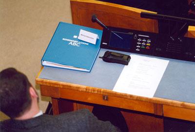 Riigikogu liikme töölaud istungisaalis (foto: www.nlib.ee)